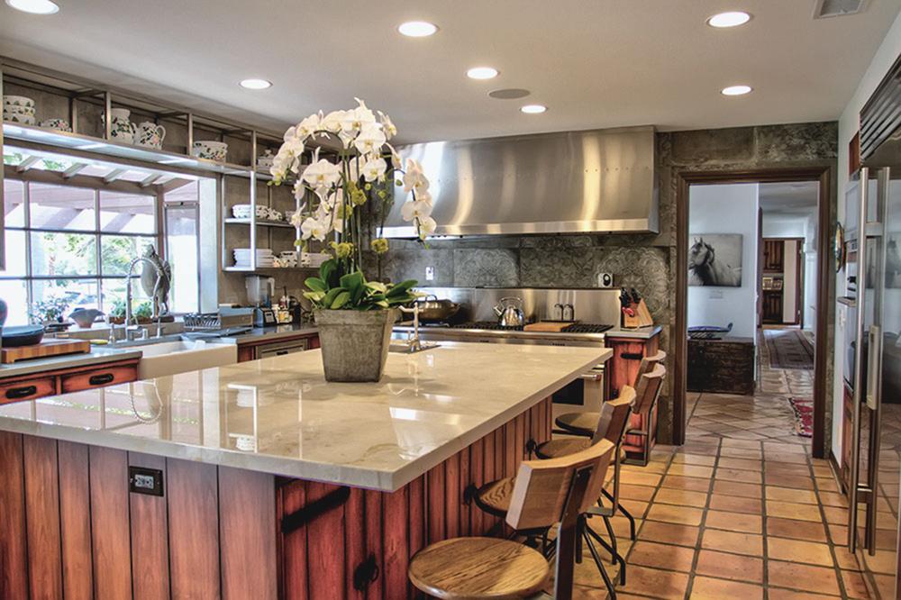 Love Nest kitchen_Fred Rothenberg _sml