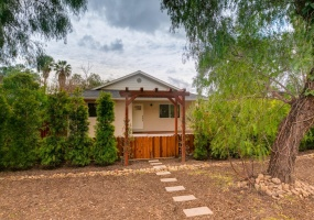 California, 2 Rooms Rooms,2.5 BathroomsBathrooms,House,For Sale,1028